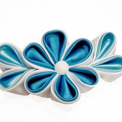 Цветок в технике «канзаши»