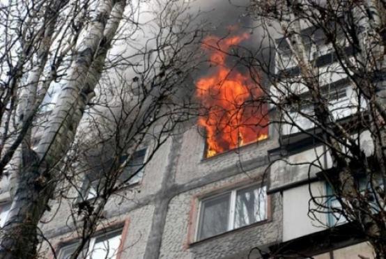 Пожарным Волжска пришлось эвакуировать жильцов многоквартирного дома