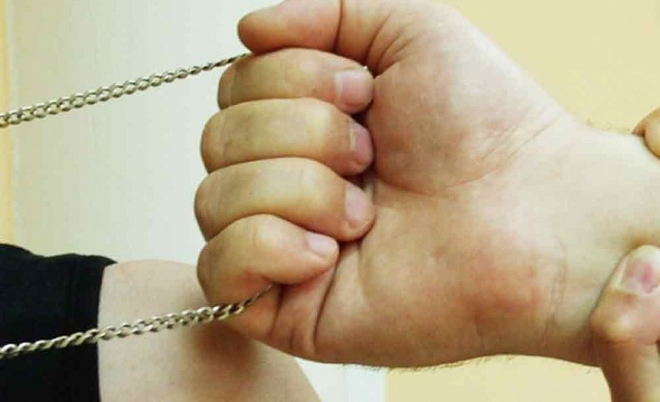 В Йошкар-Оле задержали «любителя» золотых цепочек