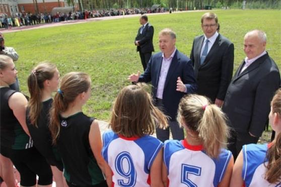 В районах республики планируется построить 15 спортивных объектов