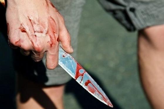 В Йошкар-Оле задержан мужчина, ранивший бывшую беременную жену в живот прямо в торговом центре