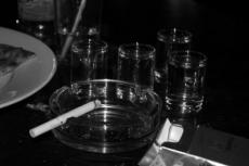 В России хотят повысить цены на водку и сигареты