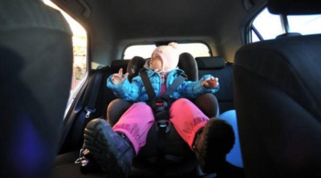 Инспекторы ГИБДД проверят, пристегивают ли йошкаролинцы своих детей