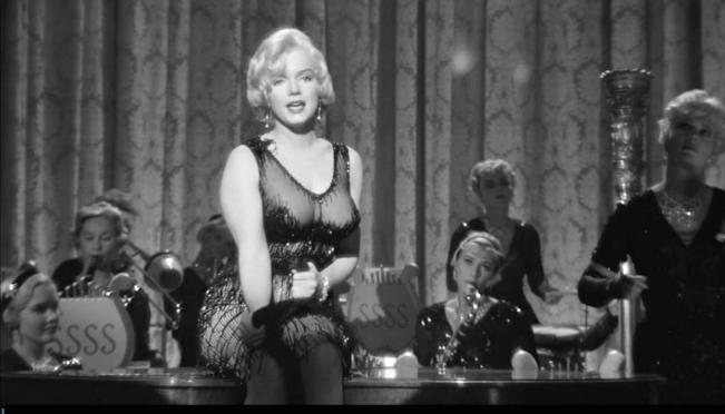 Фильм «В джазе только девушки» признан лучшей зарубежной комедией всех времён