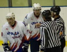 Шестое поражение подряд делает зону плей-офф практически недоступной для хоккеистов Марий Эл