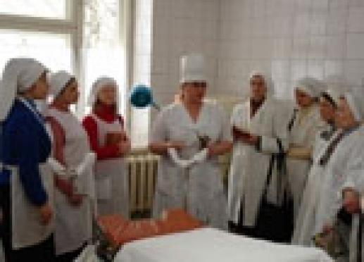 Мобильному отряду сестер милосердия Марий Эл разрешили служить в республиканском онкологическом диспансере