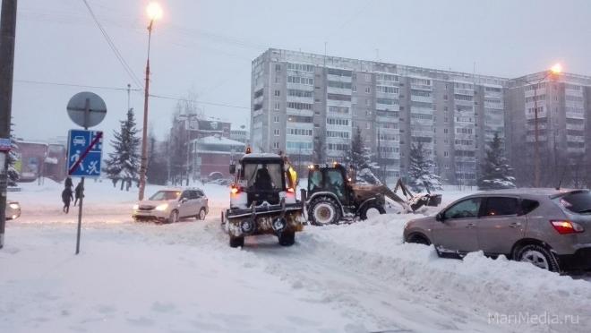 Мэрия Йошкар-Олы знакомит горожан с недельным графиком уборки дворов от снега