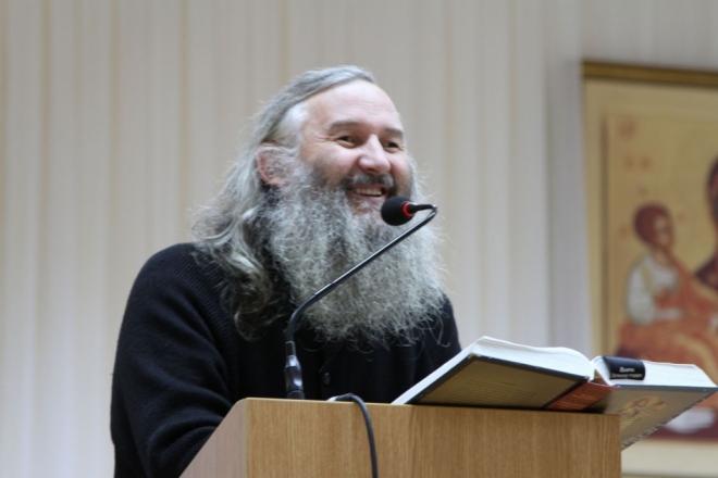 Владыка проводит встречи по изучению Священного Писания