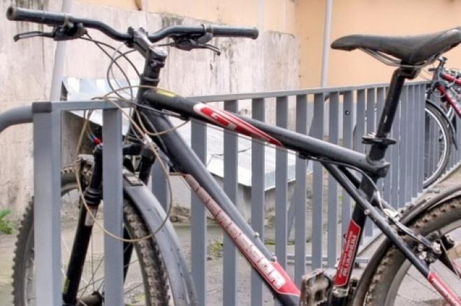 Неустановленная машина сбила школьника-велосипедиста — полиция брошена на поиск водителя
