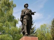 В Марий Эл отреставрируют памятники героям ВОВ