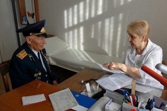 Участники Великой Отечественной войны смогут лечиться в военных госпиталях