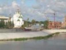 В Йошкар-Оле земснаряды бороздят воды реки М.Кокшага