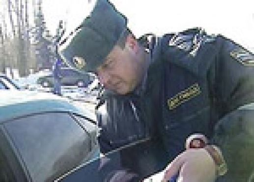 Самые неподкупные госавтоинспекторы служат в г. Козьмодемьянске (Марий Эл)