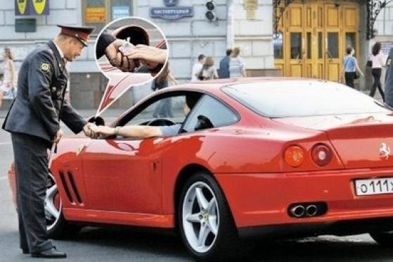 12 процентов посетителей сайта marimedia.ru признались, что ездят за рулем пьяными