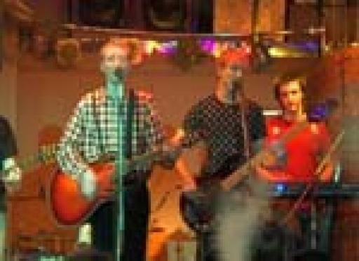 «Euro-Party»: йошкаролинцы знают песни «Братьев Грим» наизусть