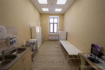 Процедурный кабинет второго этажа медицинского центра Люцины Лукьяновой.