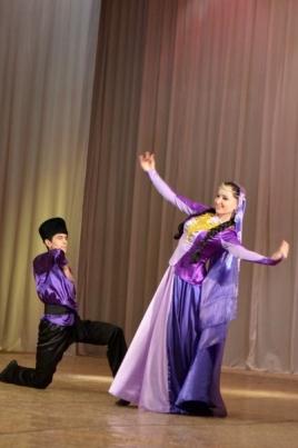 Концерт школы арабского и кавказского танцев постер