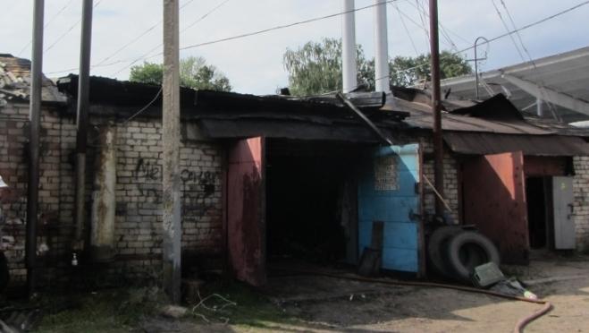 В Юрино горели гаражи