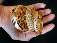 Йошкаролинка лишилась золотых украшений на сумму 600 тысяч рублей