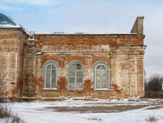 Горит церковь Рождества Христова в Пектубаево Новоторъяльского района Марий Эл