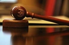 На судебном заседании житель Сернура матерился и агрессивно вел себя