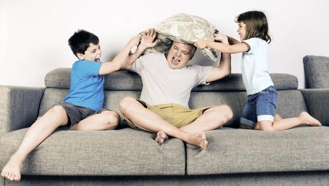 Депутаты предлагают помочь материально родителям-одиночкам