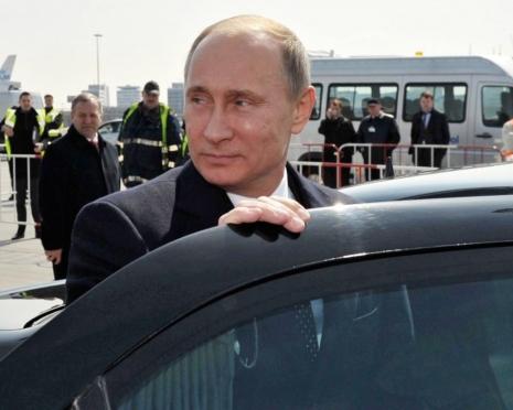 Президент России пересядет на автомобиль из «Кортежа»