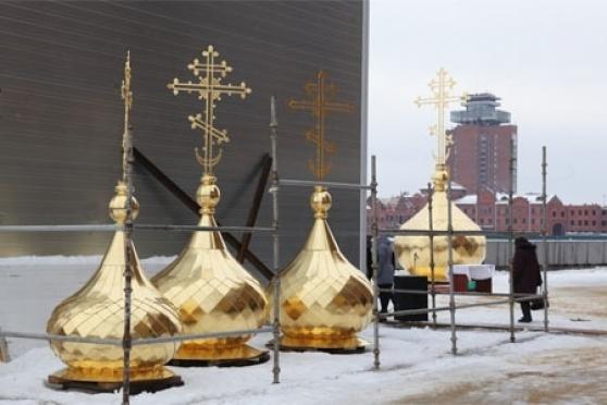 Над Йошкар-Олой поднимаются купола и кресты