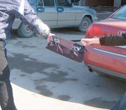 Таксист из Йошкар-Олы помог задержать 17-летнего грабителя