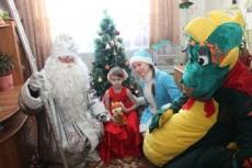 Полицейских Марий Эл переодели в костюмы новогодних персонажей
