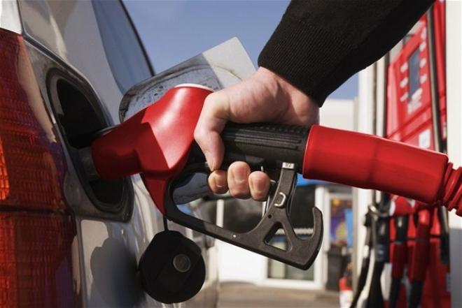С апреля планируют повысить ставки акцизов на автомобильный бензин