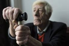 На допросах пожилых людей должны будут присутствовать врачи