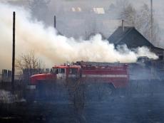 В Звениговском районе за 40 минут сгорел жилой дом с надворными постройками