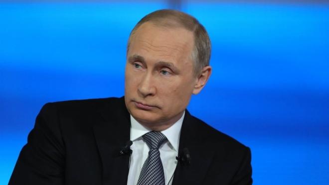 Владимир Путин уволил 11 генералов