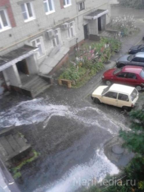Грозы, град и сильный ветер обещают в Марий Эл