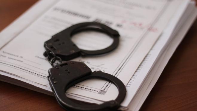 19-летний йошкаролинец изнасиловал девочку-подростка и избил мужчину 18+