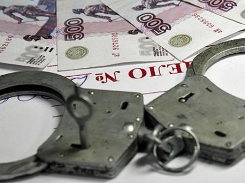 Йошкаролинцы, занимаясь незаконной банковской деятельностью, заработали более 3,5 млн рублей