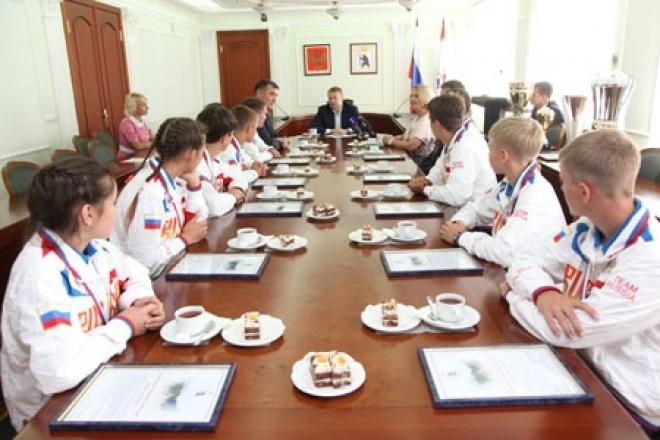 Школьники Марий Эл, победившие в Сочи, встретились с Леонидом Маркеловым