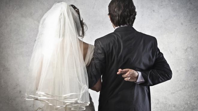 Житель Таджикистана нашел невесту в доме для престарелых