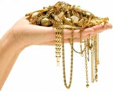 Муж пропил золотые украшения жены