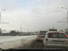 В Йошкар-Оле столкнулись бензовоз, маршрутное такси и легковая машина
