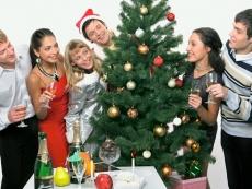 99% россиян решили отмечать Новый год на родине