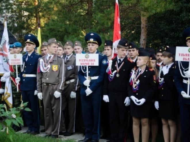 Ребята из Марий Эл возвращаются с «Зарницы Поволжья» с оренбургскими платками, винтовкой «Байкал» и спецпризом
