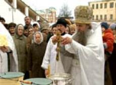 Сегодня в соборах и храмах Марий Эл освятили сочельническую воду