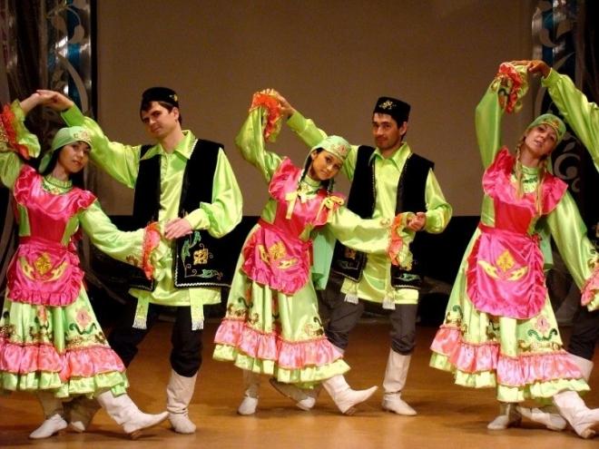 В Марий Эл съехались татары на фестиваль фольклора «Тугэрэк уен»