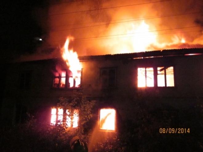 Сегодня ночью в Марий Эл полностью сгорел двухэтажный дом