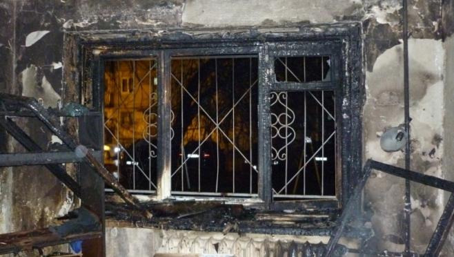 Пожарные эвакуировали жильцов многоквартирного дома по ул. Красноармейская