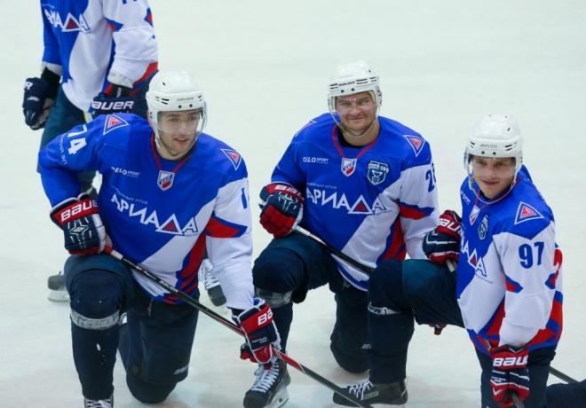 В Высшей хоккейной лиге наступает пора решающих матчей