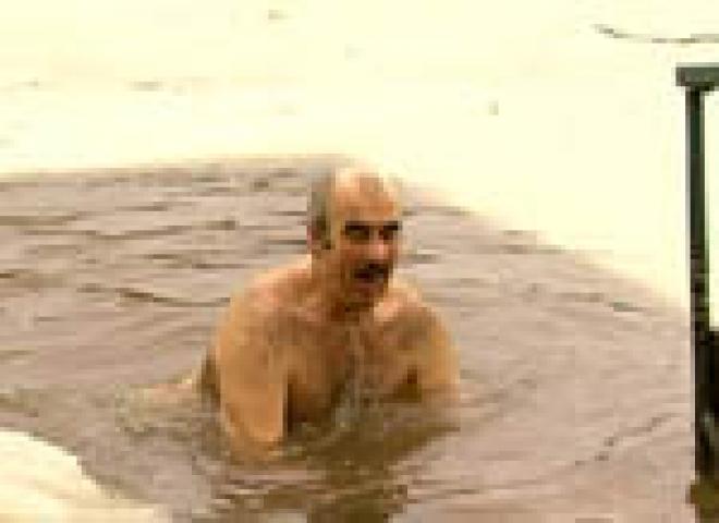 По самым скромным подсчетам йошкар-олинских спасателей в Крещенскую ночь более 3 тысяч горожан окунулись в иордань