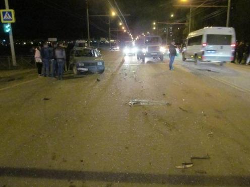 В пригороде Йошкар-Олы столкнулись три автомобиля